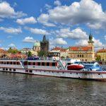 Прогулка на кораблике по реке Влтаве